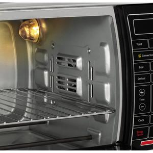 Close up view of Oster Digital large capacity oven
