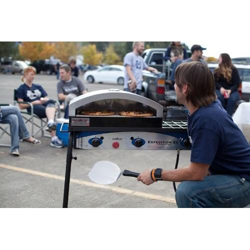 Operating with Camp Chef artisan pizza oven