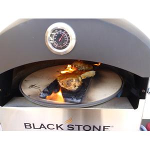 Picture of blackstone garden oven in action