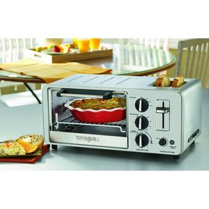 Baking demonstration with Waring Pro WT0150 4-slice toaster oven